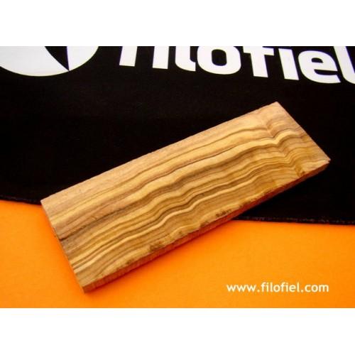 Scale Olive Wood 120x40x6 mm.