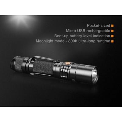 Fenix Linterna UC35V2 1000 lumens